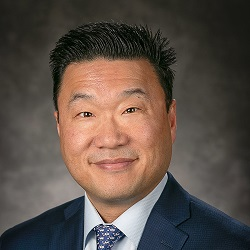 Terry Kim MD Headshot